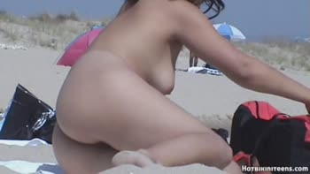 pretty naked women videos